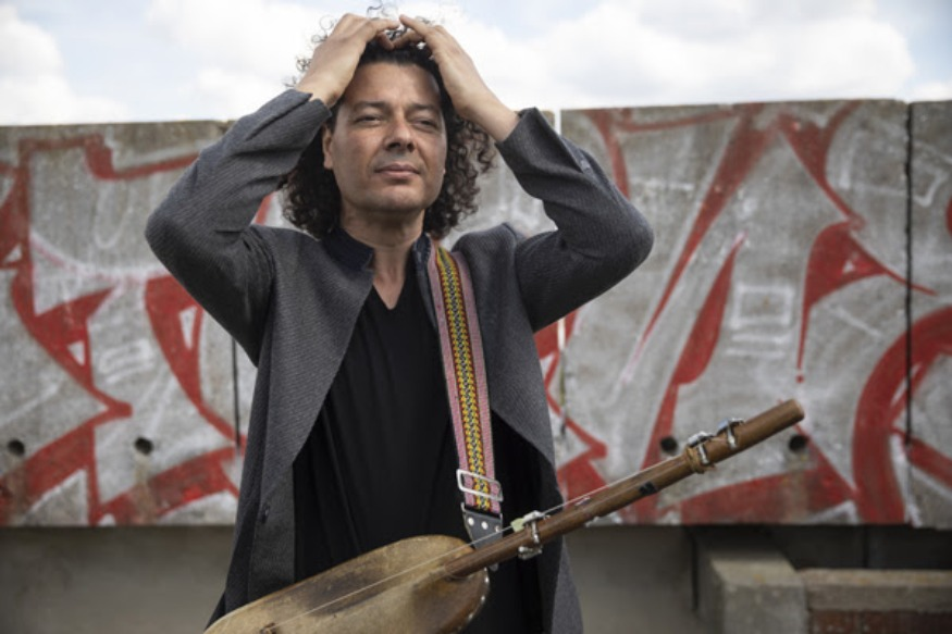 Aziz Sahmaoui & University of Gnawa, album Poetic Trance + La Cigale le 25/03/2020